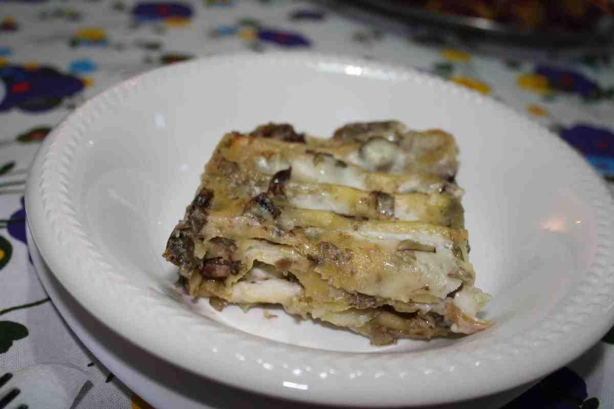 Lasagne ai carciofi di Sciara: un piatto di casa nostra per il giorno di Capodanno abbinate a Memorie di Fondo Antico