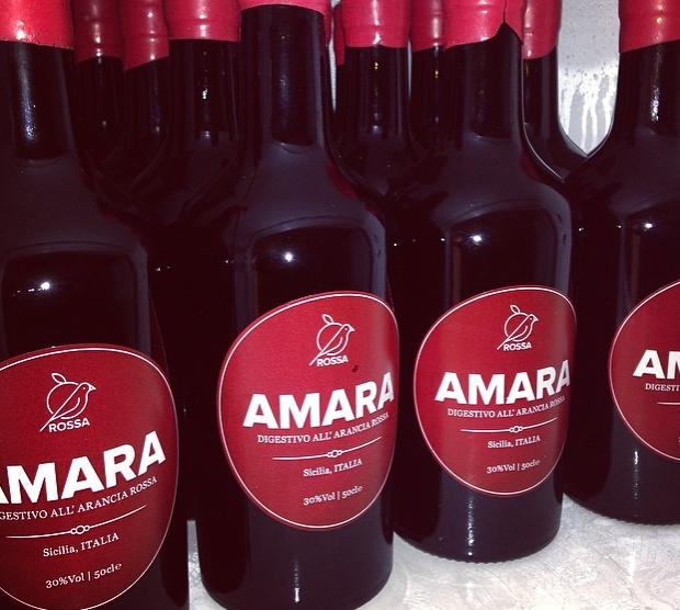 Amara, l'amaro siciliano ottenuto dalle arance rosse