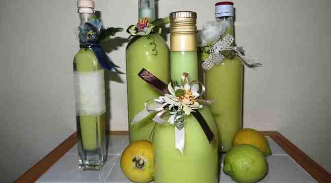 Crema di limoni fatta in casa: ricetta rapida per un digestivo sublime