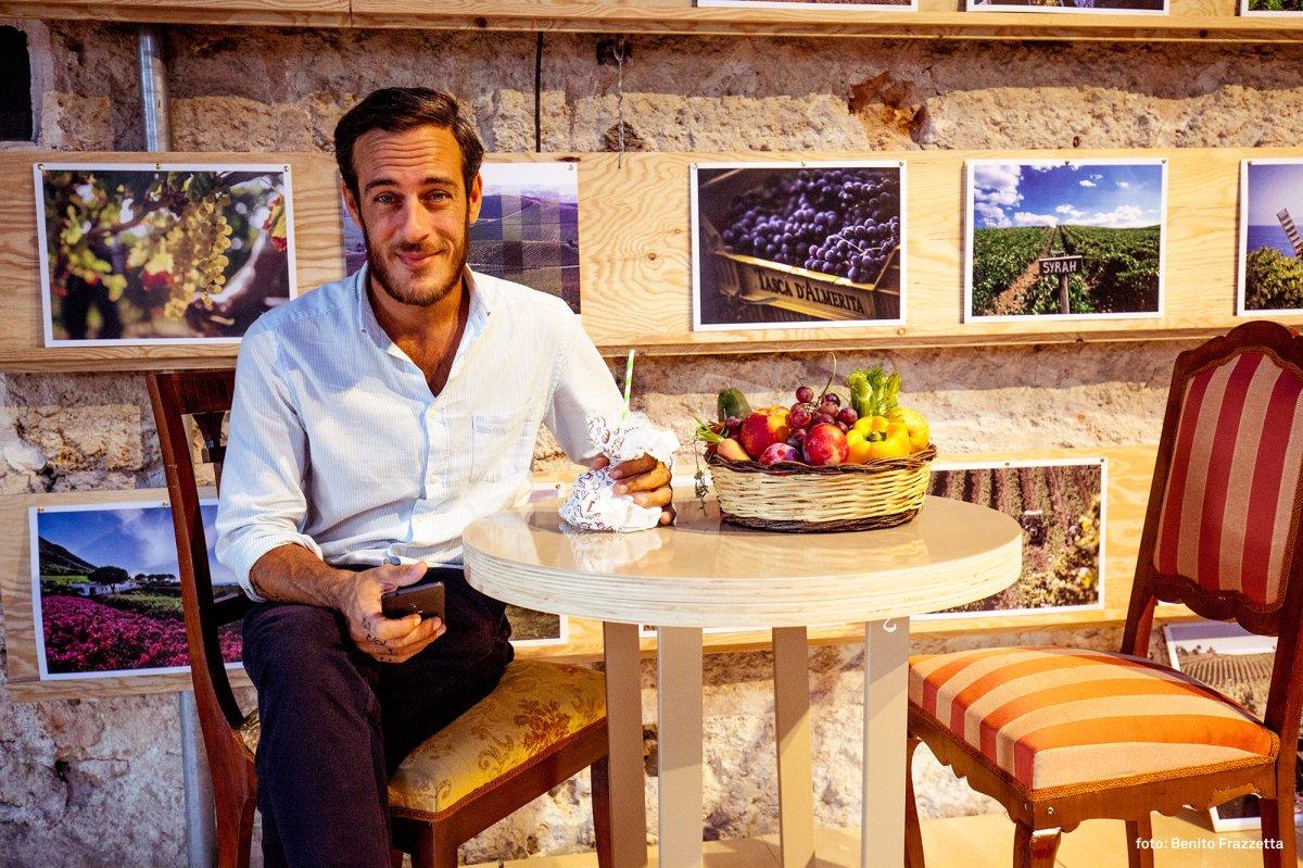 Il cocktail in chiave siciliana al mercato San Lorenzo, le creazioni di Adriano Rizzuto